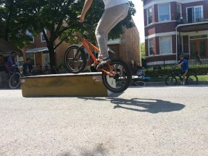 La De Blog - BMX Tricks Demo by Bikes 'N Roses @ PEAP Block Party